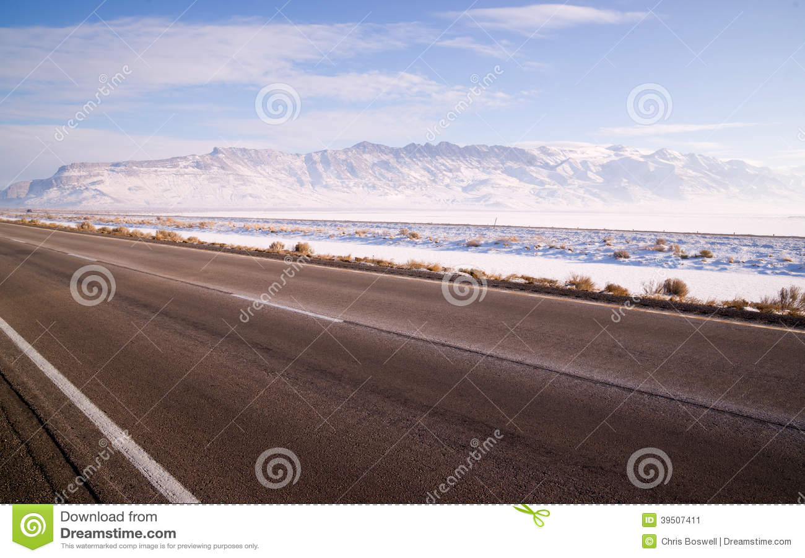 Lonesome Road Winter Freeze Utah Mountain Highway Salt Flats
