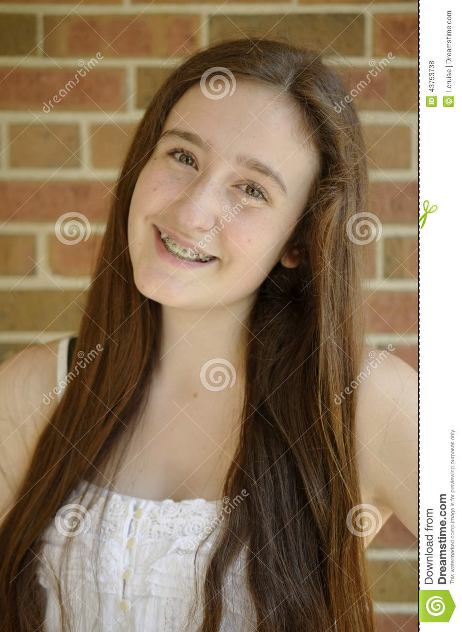 teen Brown haired