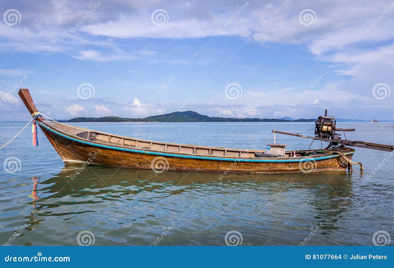 Longtail łódź w Ko Lanta, Tajlandia