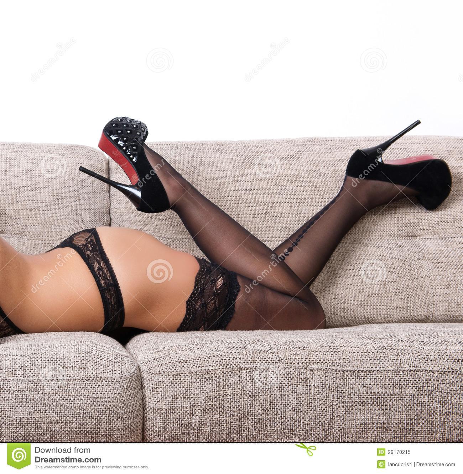 Photo porno de slim à longues jambes