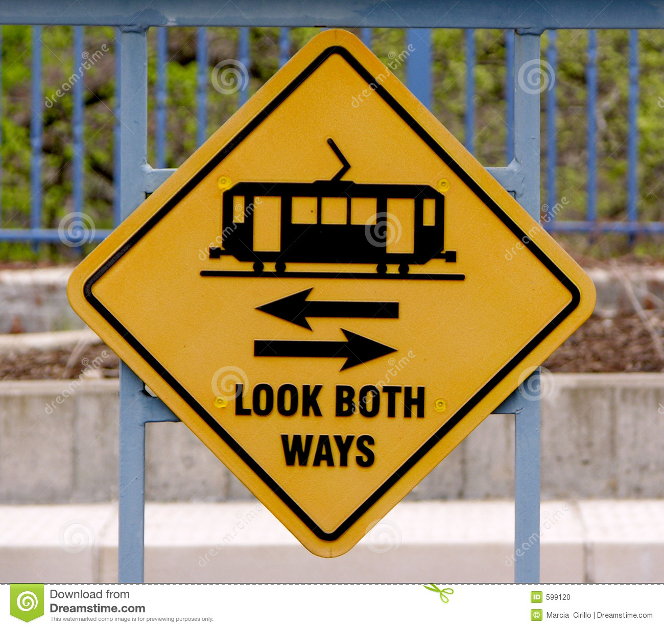 look both ways stock photo image 599120 train track clipart images train track clipart
