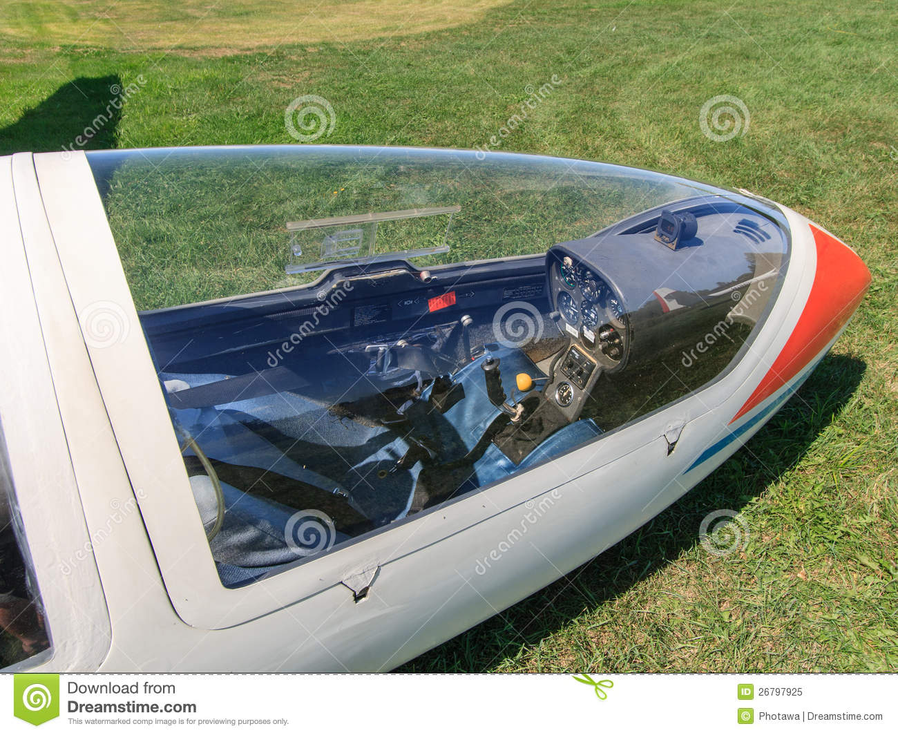 Looking Through Glider Canopy & Looking Through Glider Canopy Editorial Image - Image of ontario ...