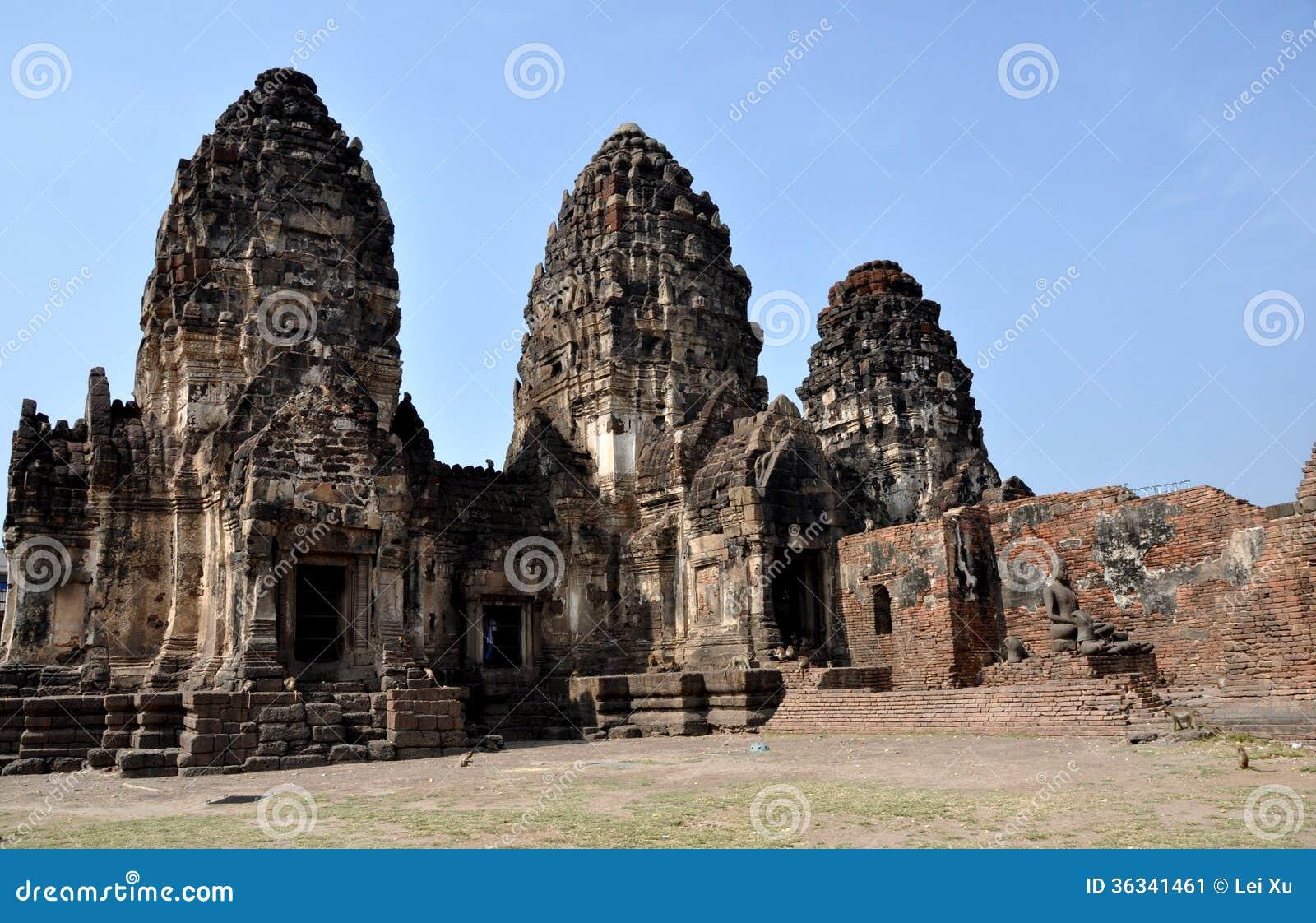 Lopburi Thailand  city photo : Lopburi, Thailand: Wat Phra Phang San Yot Stock Image Image ...