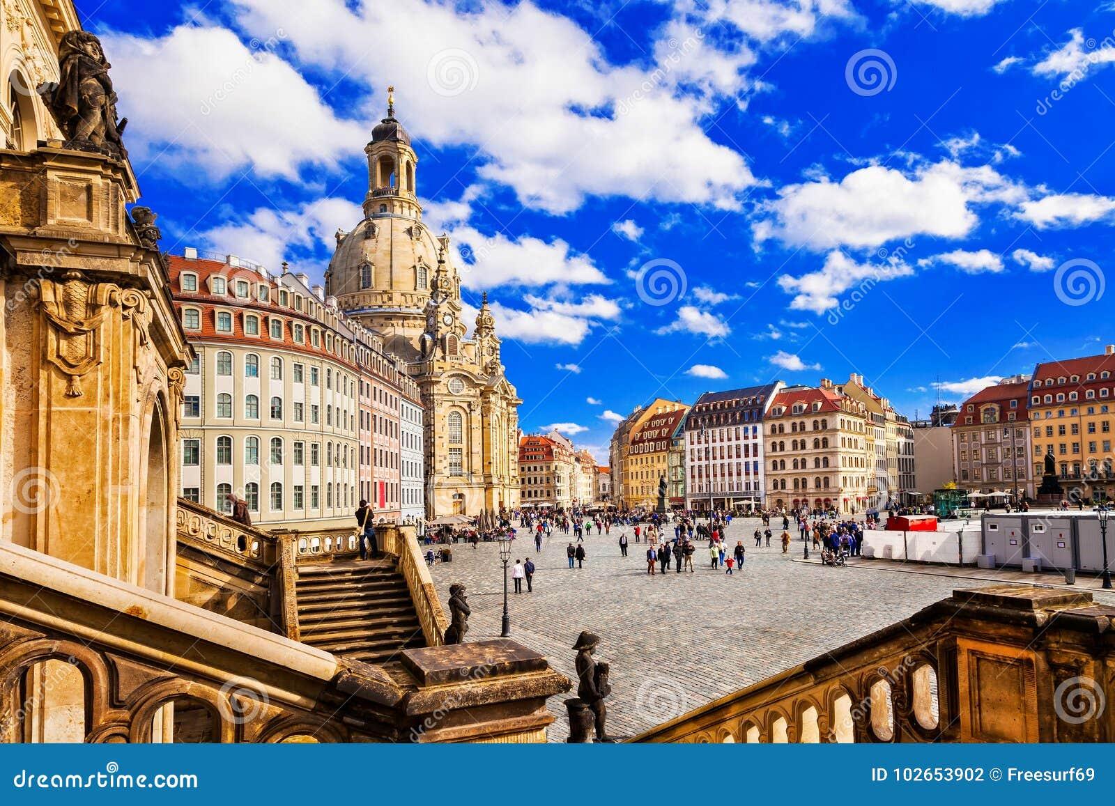 Lopp i Tyskland - eleganta barocka Dresden fyrkantig Neumarkt intelligens
