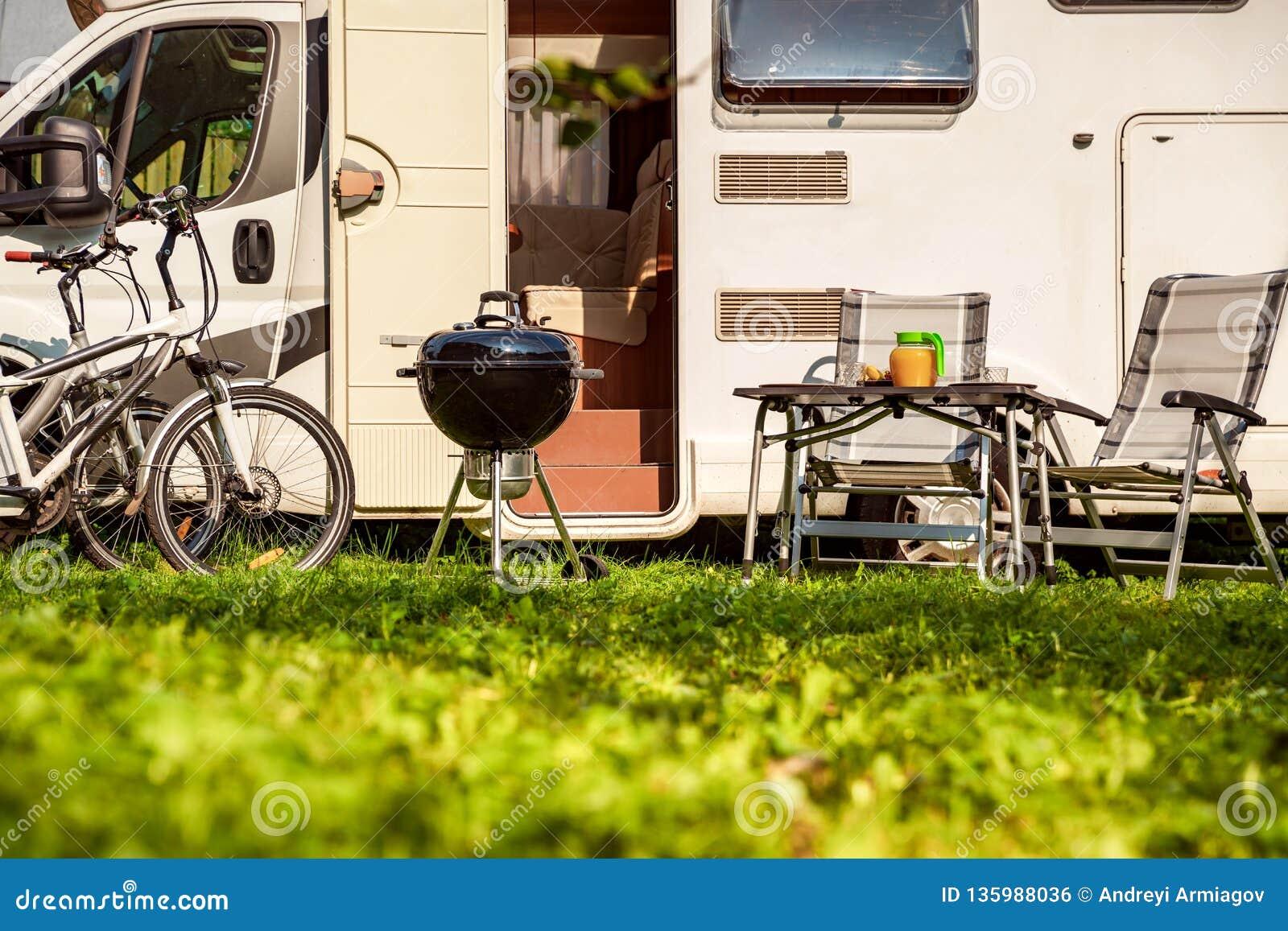 Lopp RV, ferietur för familjsemester i motorhome, husvagnbilsemester