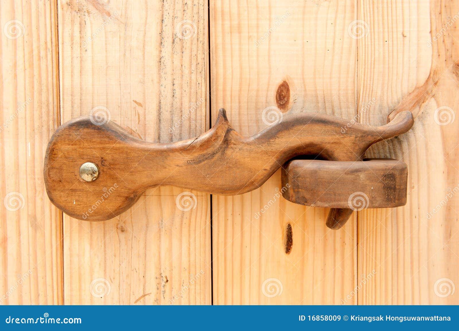 loquet de trappe en bois images libres de droits image 16858009. Black Bedroom Furniture Sets. Home Design Ideas