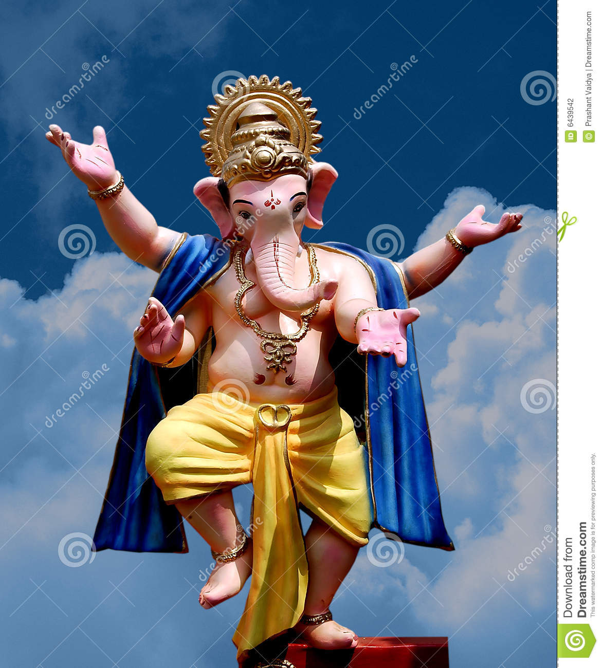 Lord Ganesha - dancing