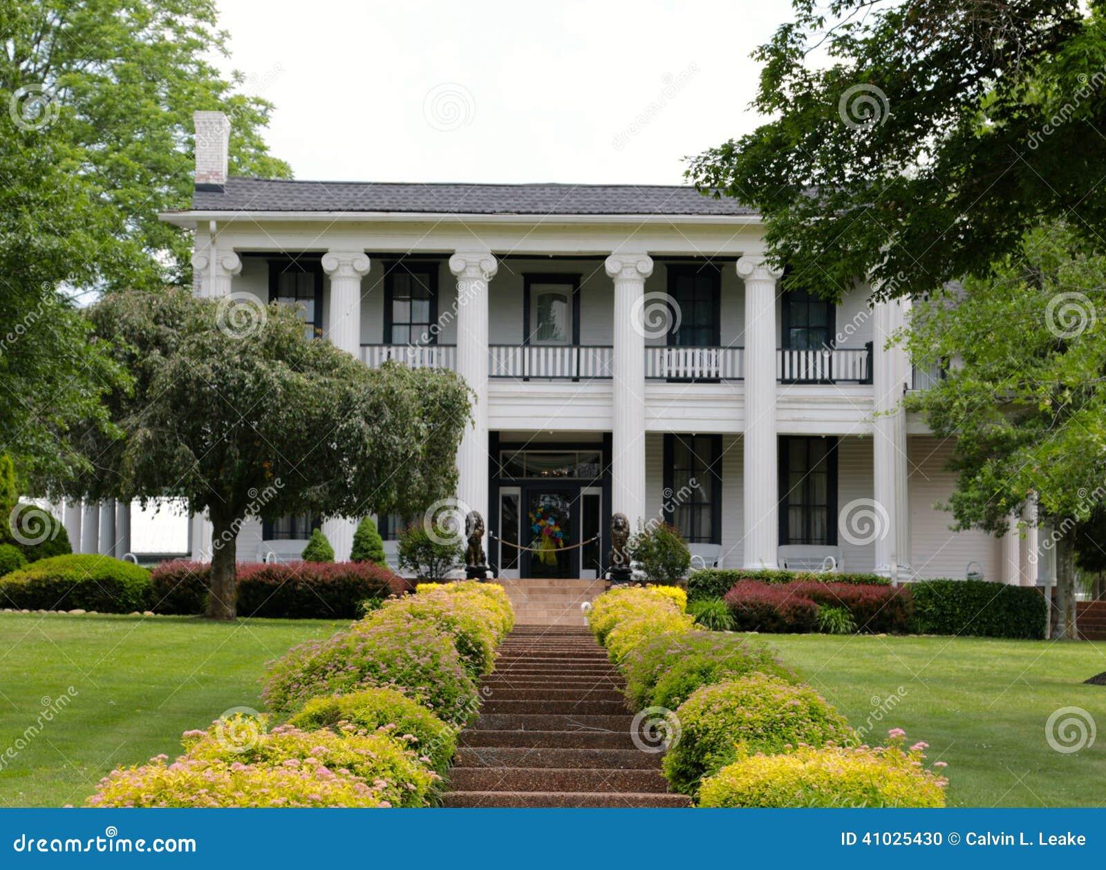 Loretta Lynns Ranch-Haus in den Hurrikan-Mühlen, Tennessee Welcome Sign
