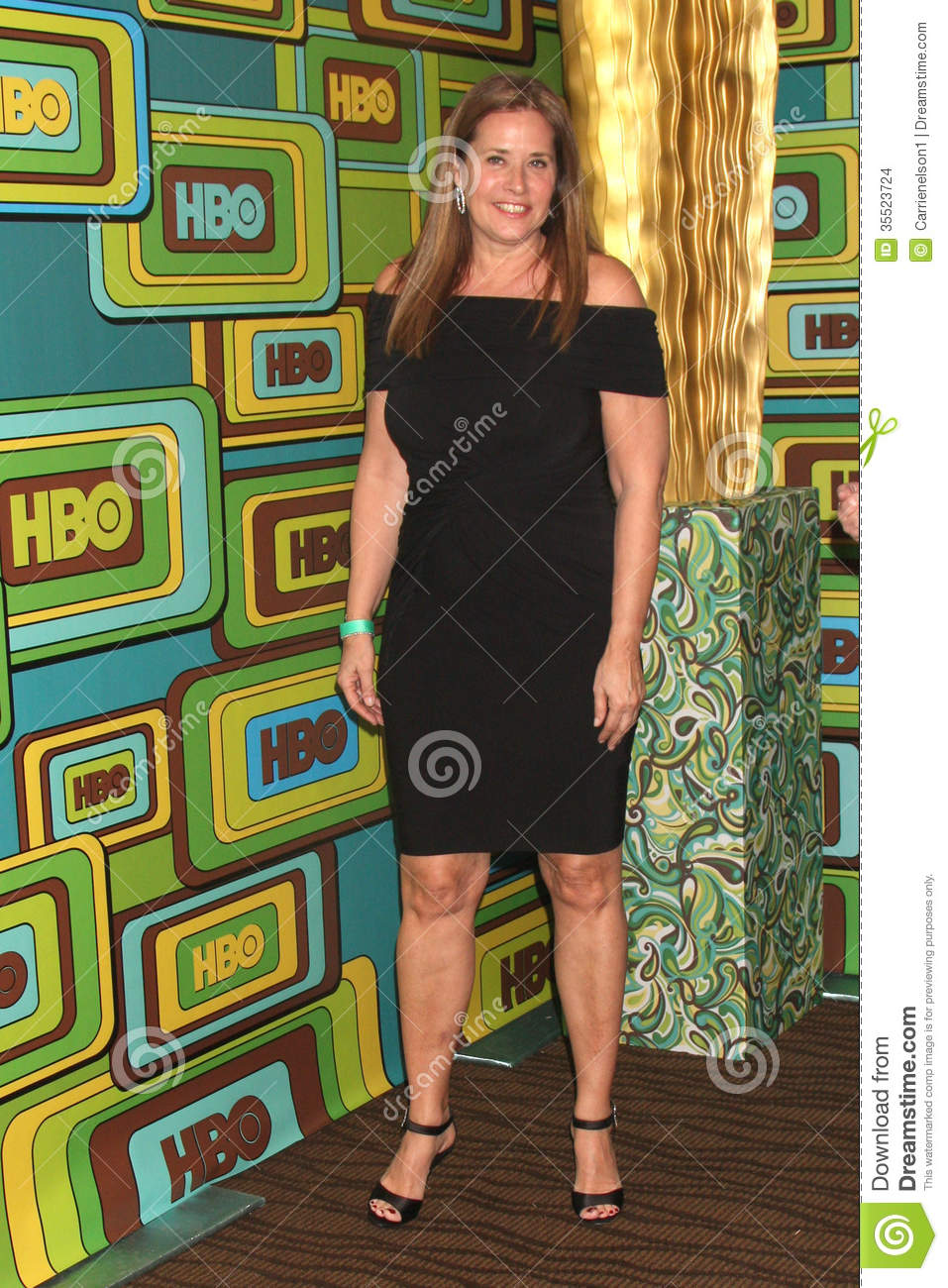 LOS ANGELES - JAN 16: Lorraine Bracco arrives at the HBO Golden Globe ...