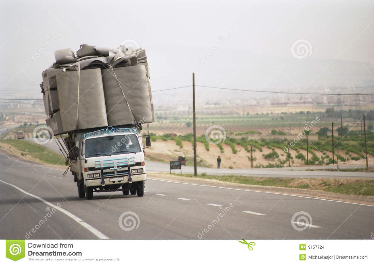Lorry overloaded syria