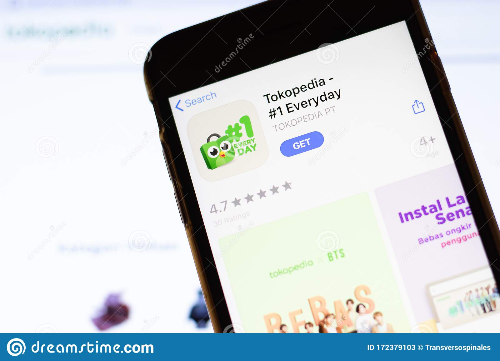 los angeles california usa 12 february 2020 mobile phone with tokopedia icon on screen close up with website on laptop editorial stock photo image of website screen 172379103 dreamstime com
