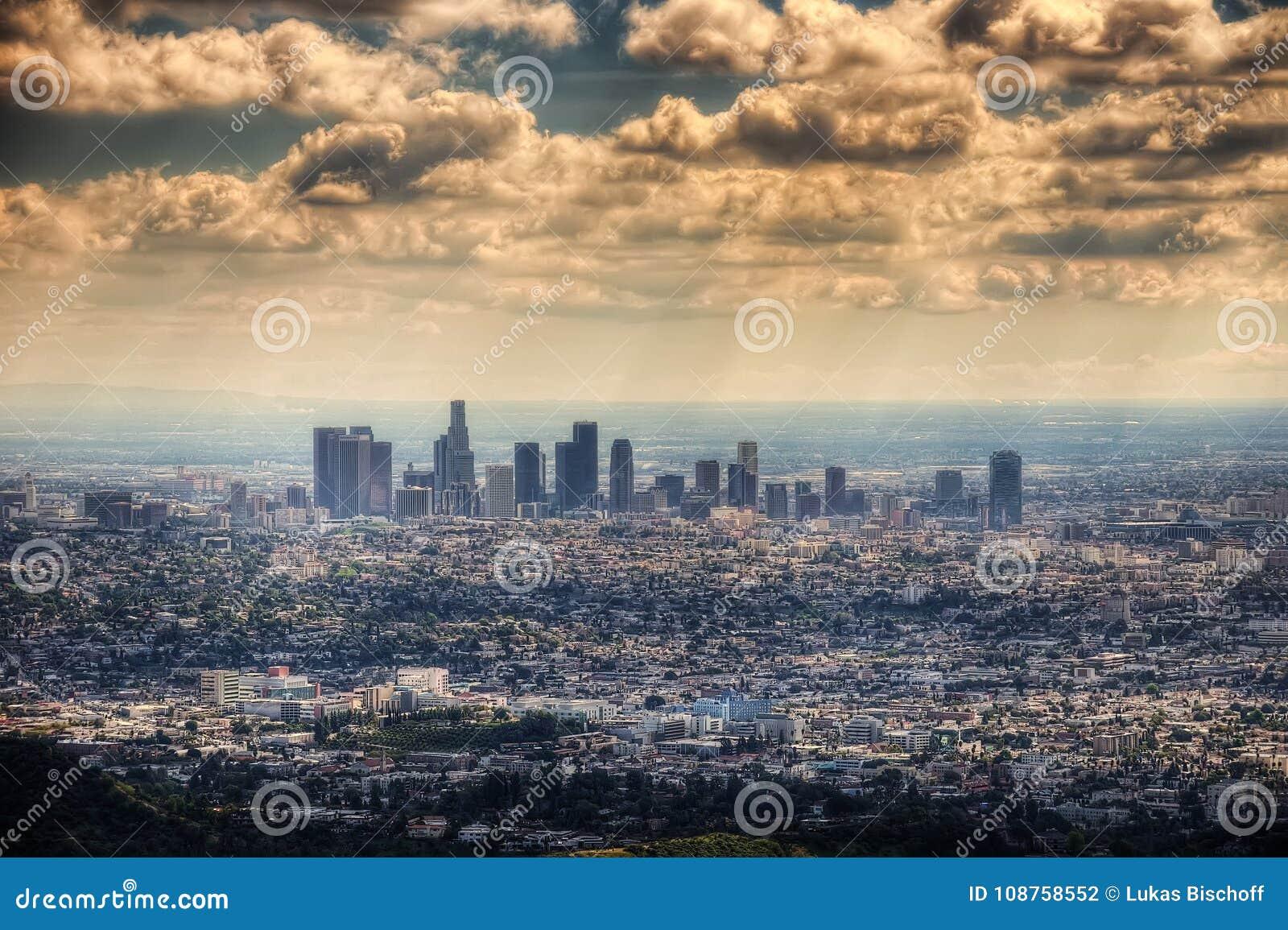 Los Angeles dalla collina di Hollywood