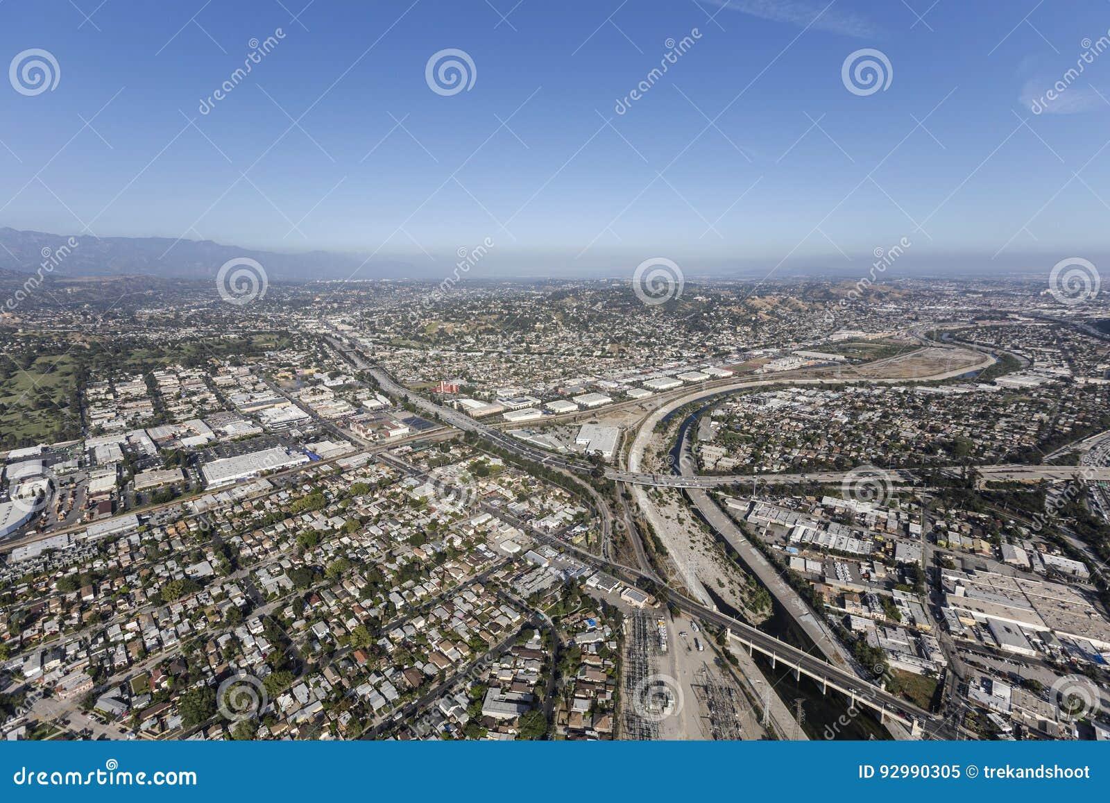 Los Angeles-Fluss an der Glendale-Autobahn