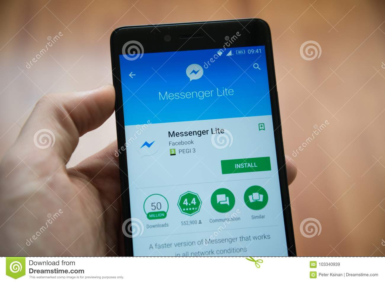 Facebook Messenger Lite Application In Google Play Store Editorial