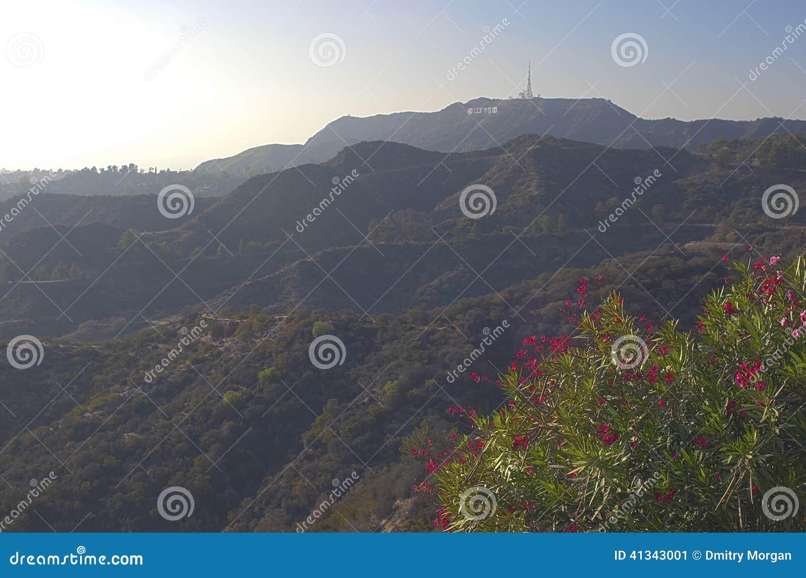 Los Angeles-USA, Oktober, 3: Sikt på den Hollywood kullen i Los Angele