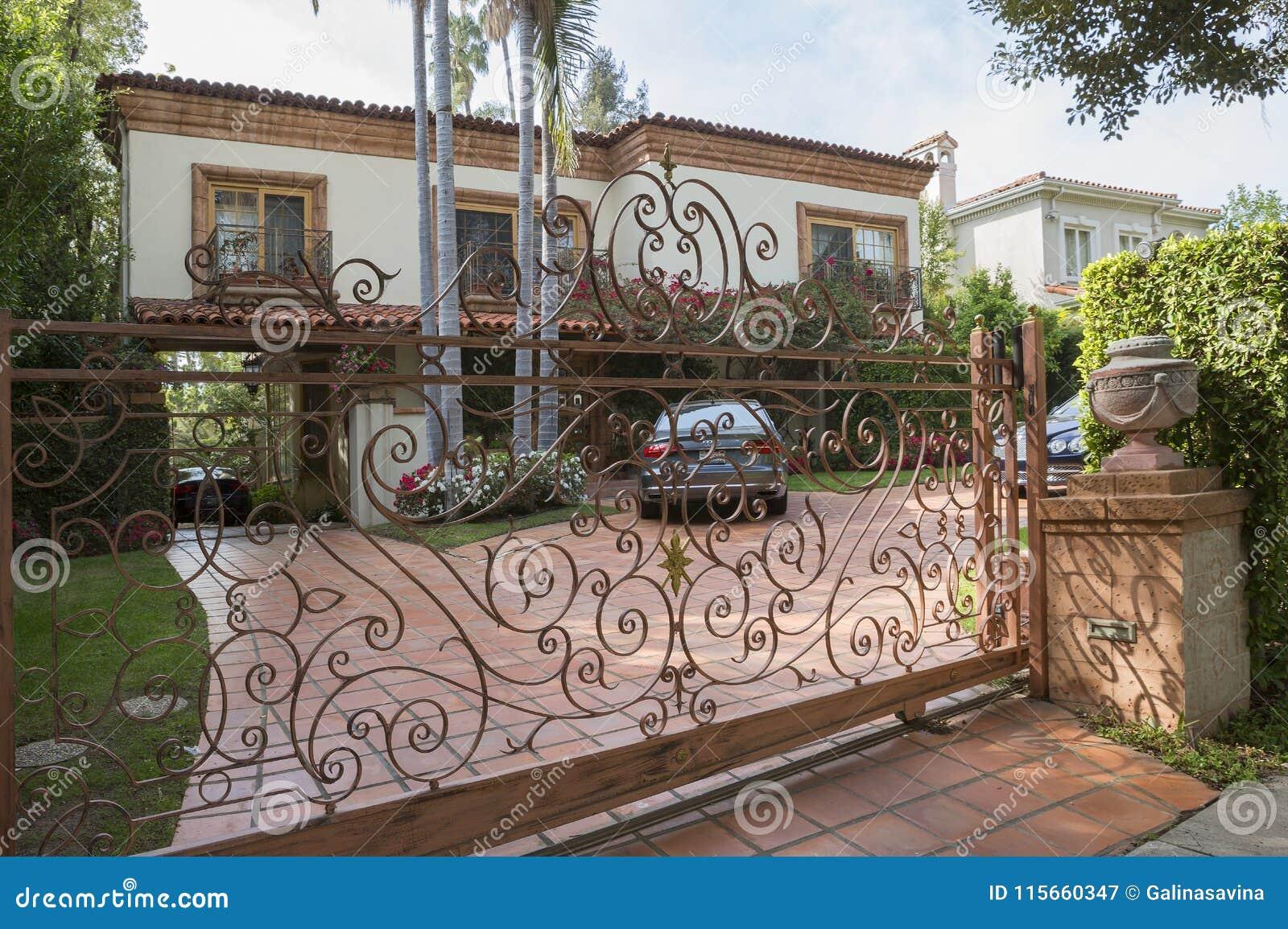 Los Angeles USA som charmar Beverly Hills herrgårdar