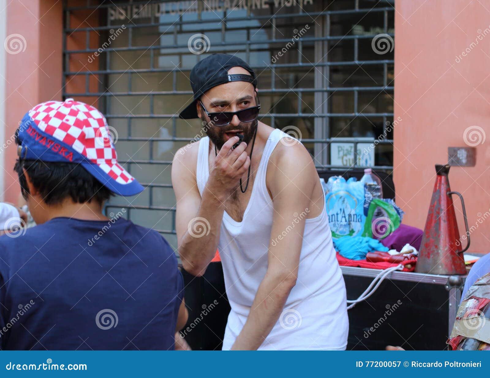 Los artistas se realizan en la calle