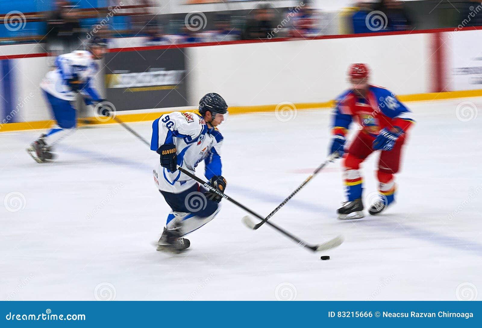 El Partido De Hockey - Editorial download los jugadores de hockey no identificados compiten durante el partido