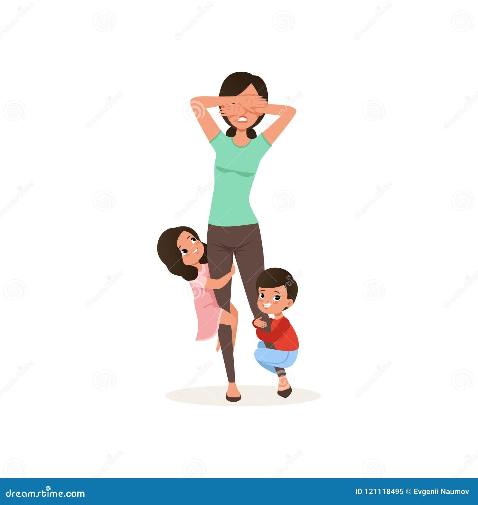 Los niños sonrientes quieren jugar con su madre cansada, concepto parenting de la tensión, relación entre los niños y padres