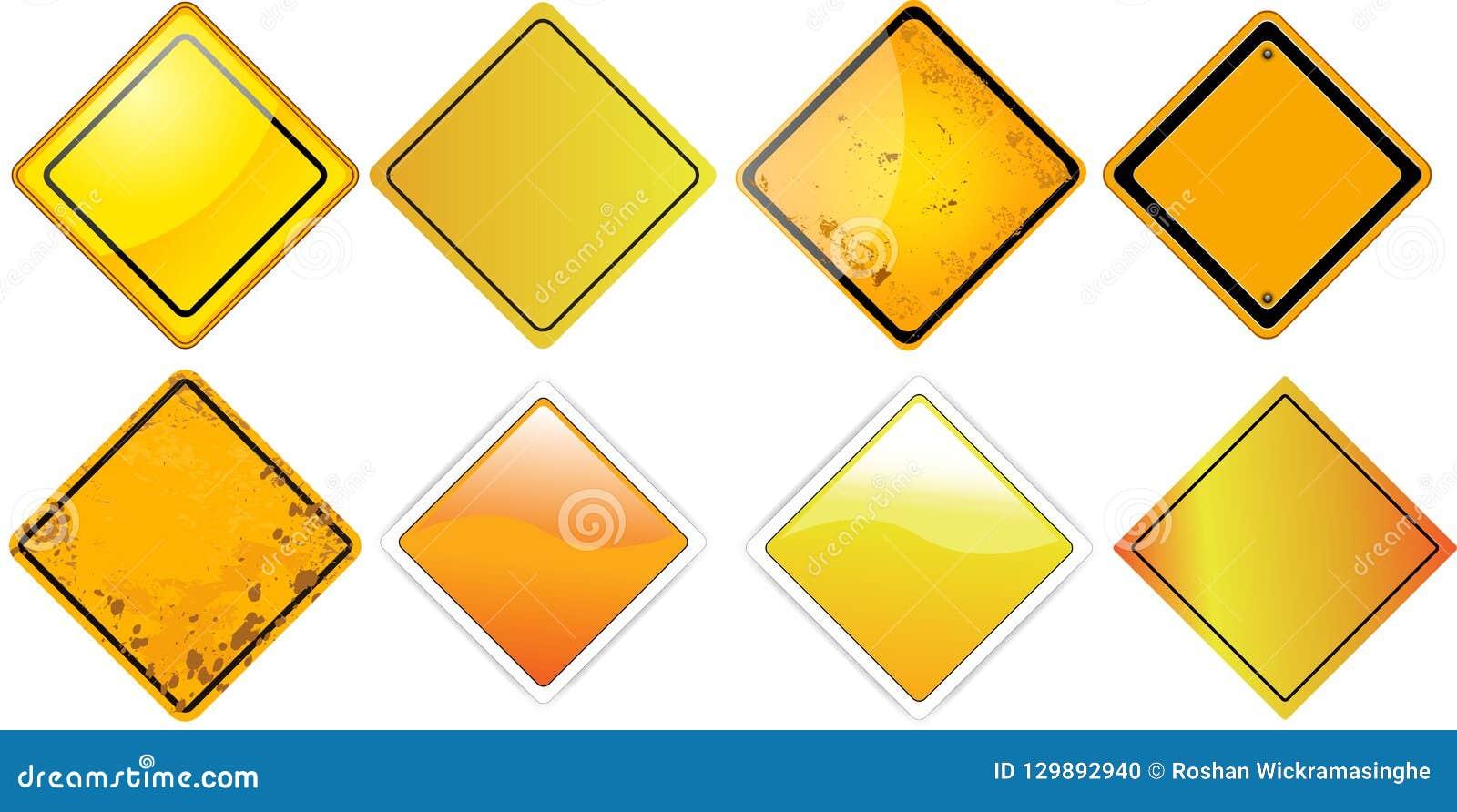 Los tableros amarillos del espacio en blanco de la señal de tráfico ajustan
