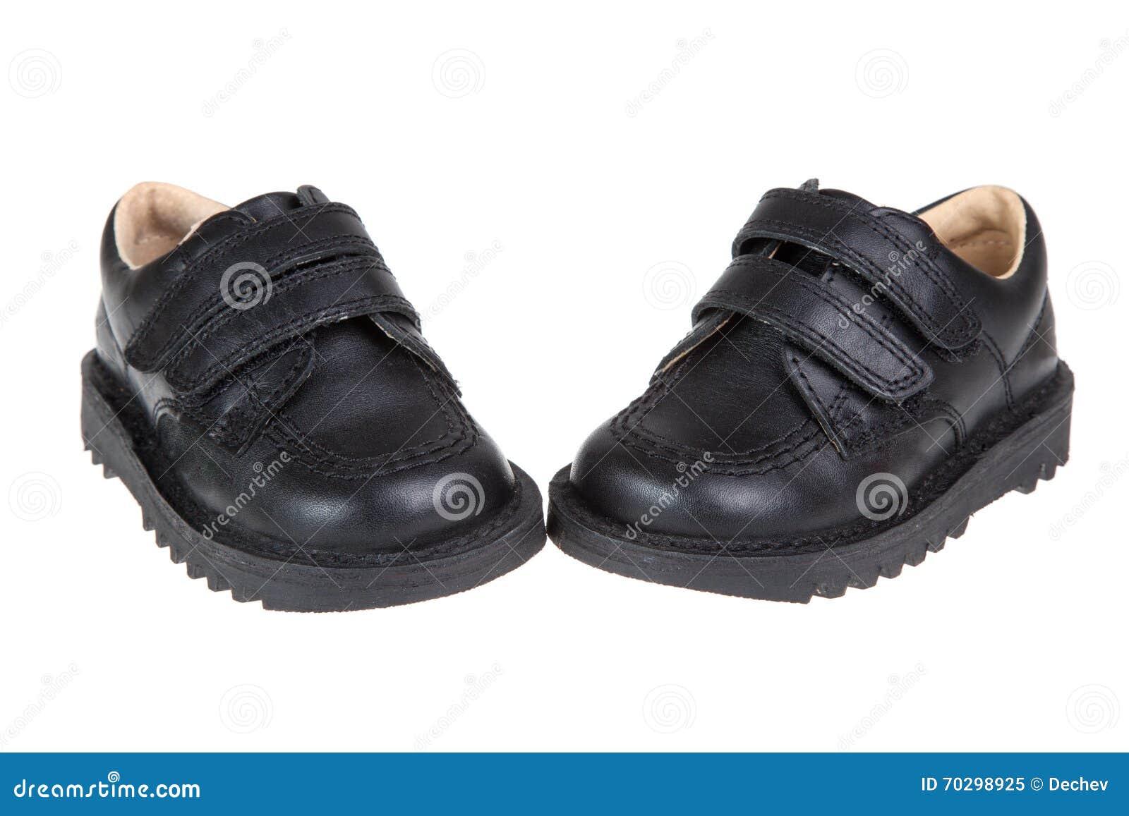 Zapatos Niño Del Un En Negros Los Blanco LindoAislados Fondo CxedBo