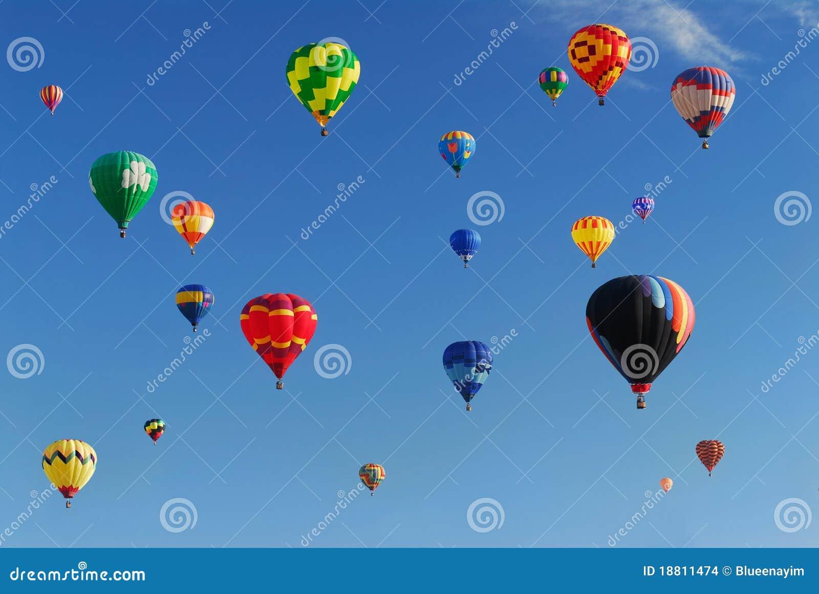 Lotniczego balonu festiwal gorący