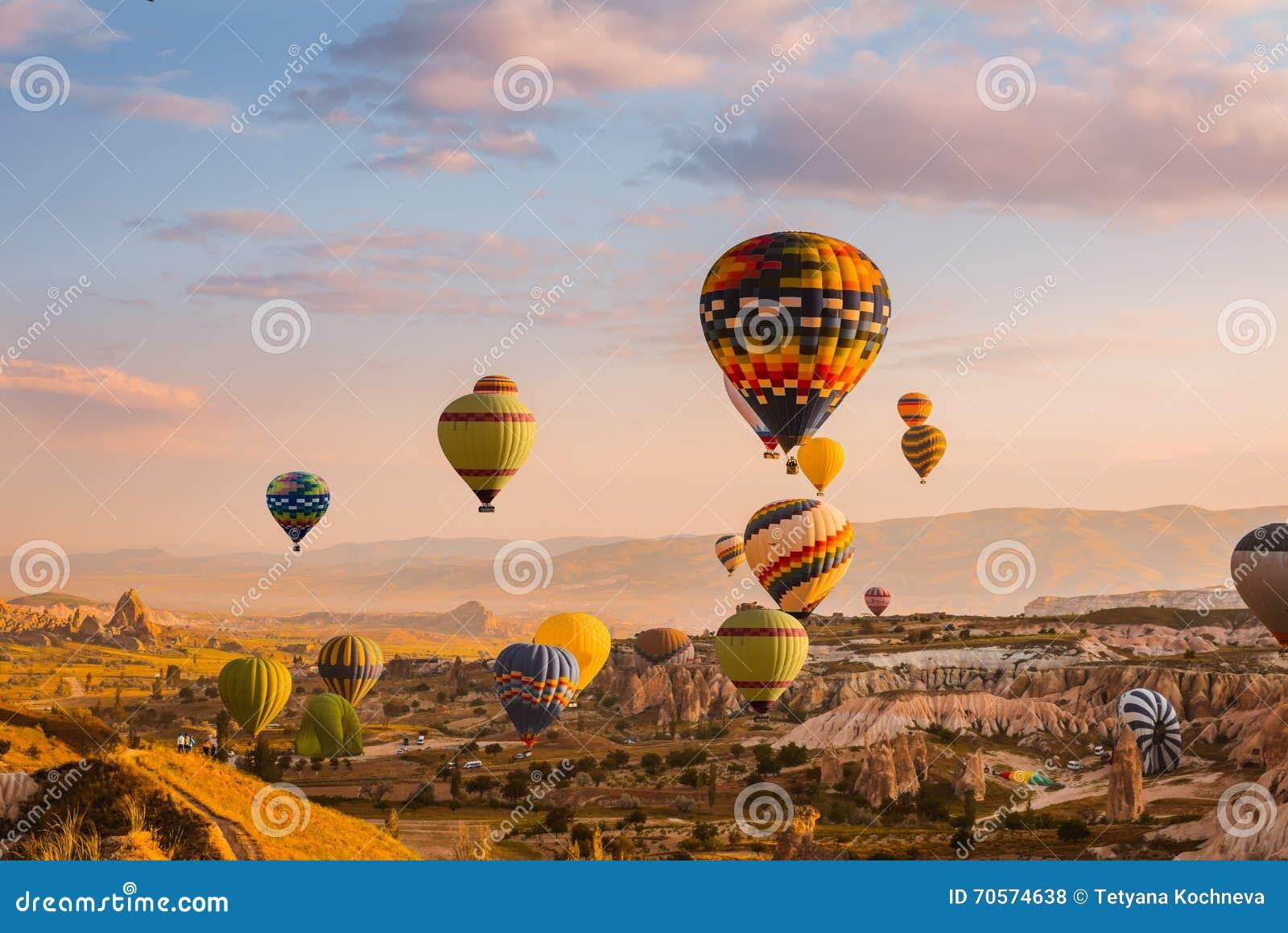 Lotniczy balon w Cappadocia, Turcja