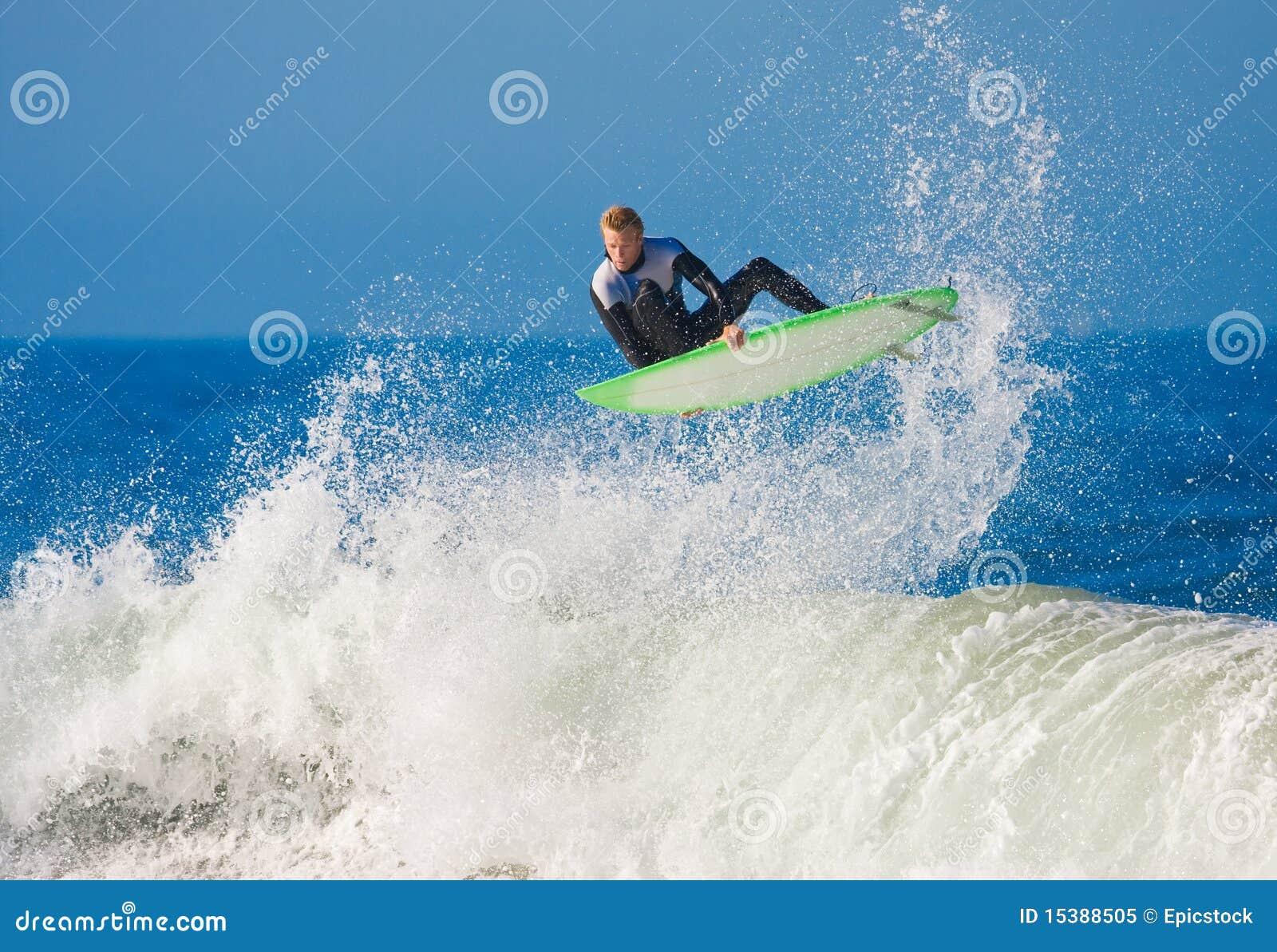 Lotniczy duży dostaje surfingowa