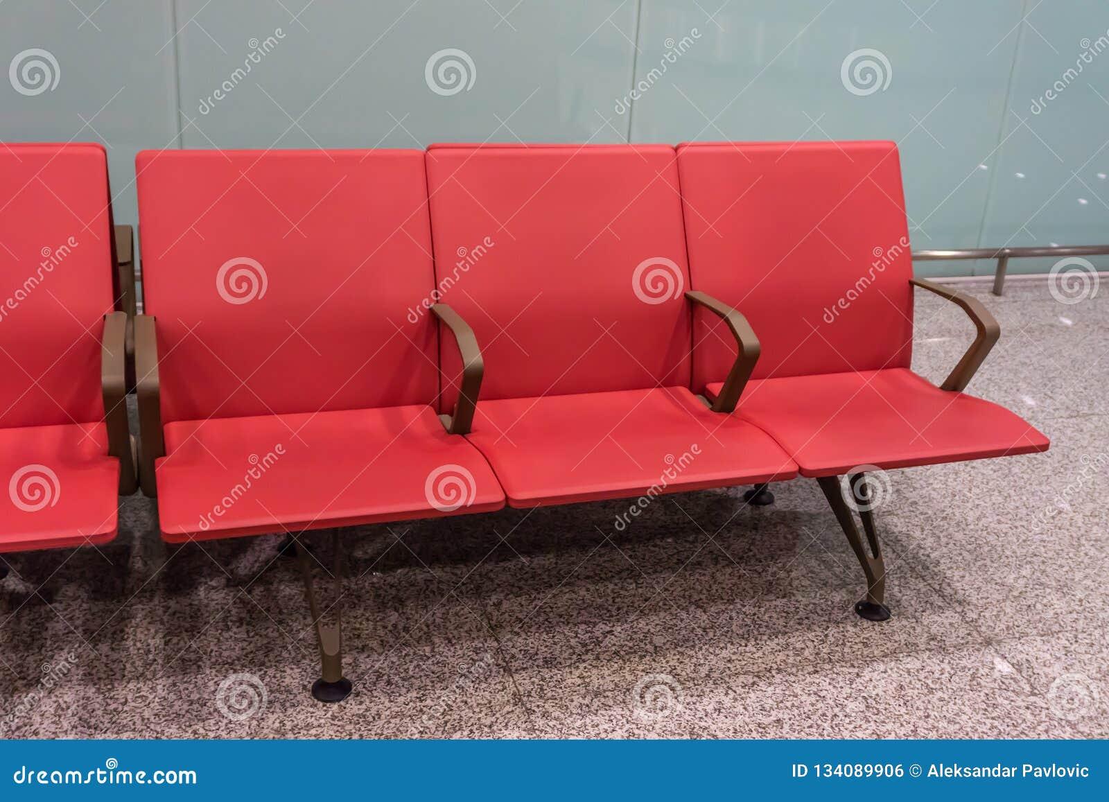 Lotniskowy miejsca siedzące rząd