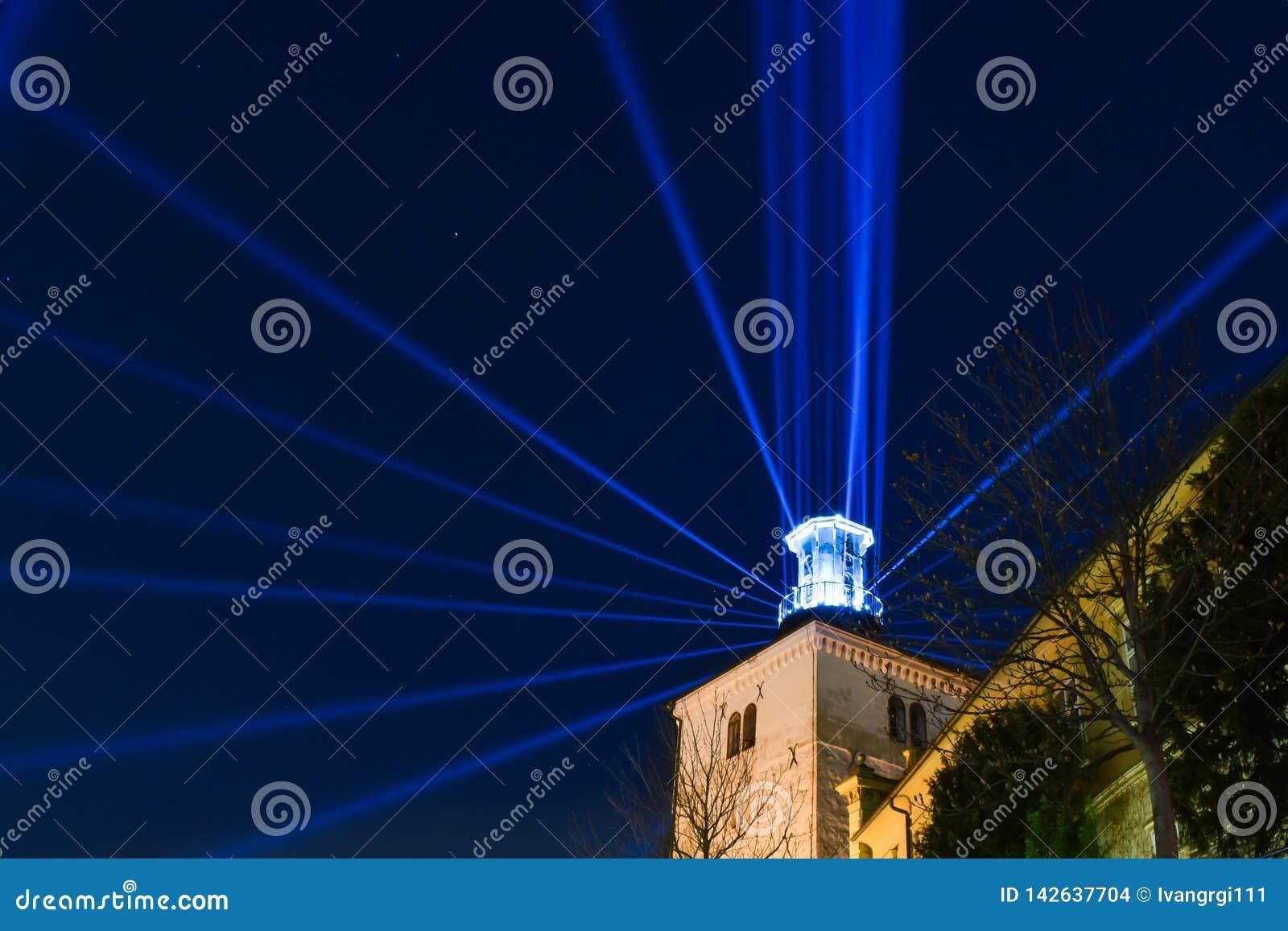 Lotrscak塔在萨格勒布,在灯节的克罗地亚期间