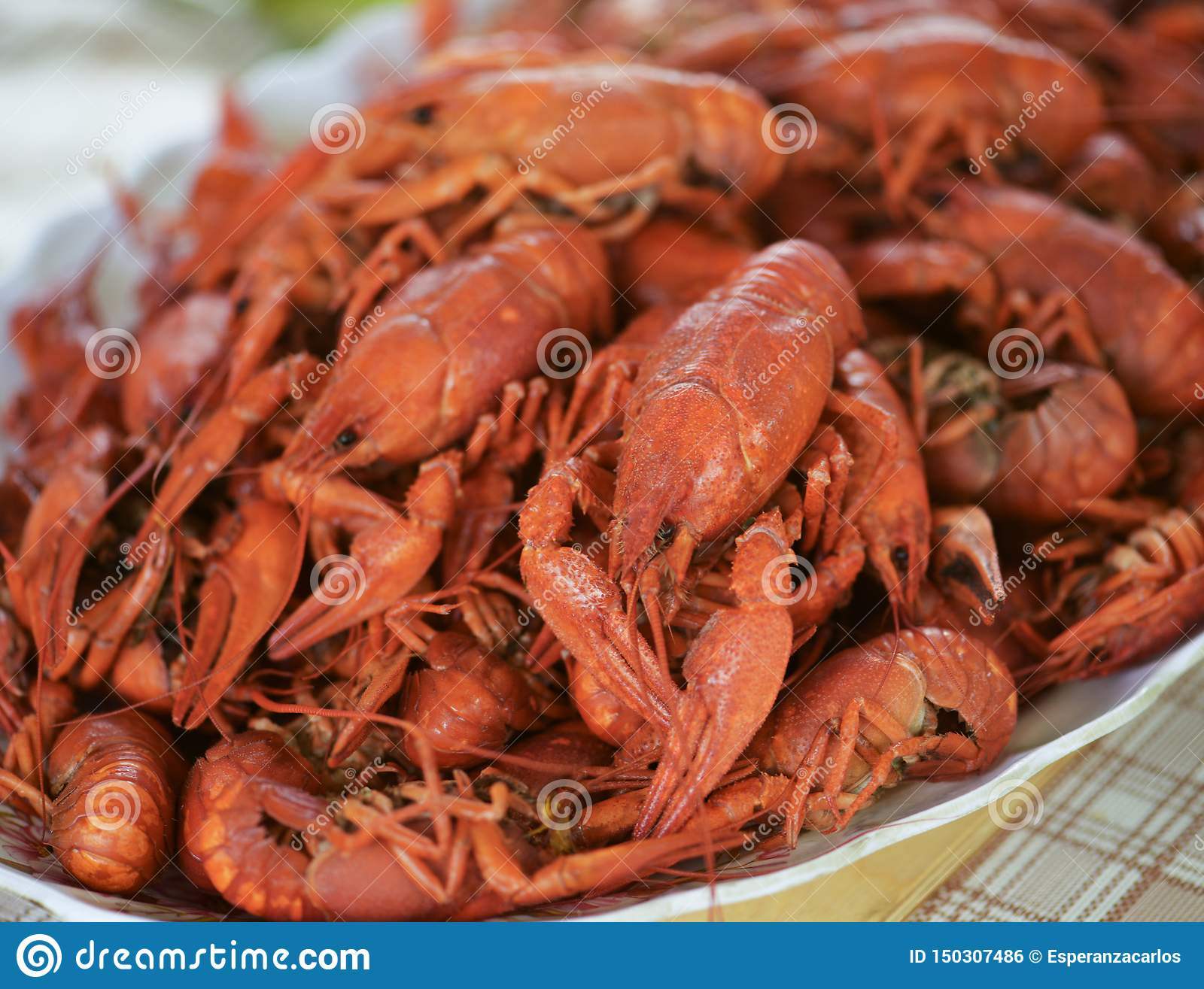Lots of fresh hot crawfish, appetizer attache.