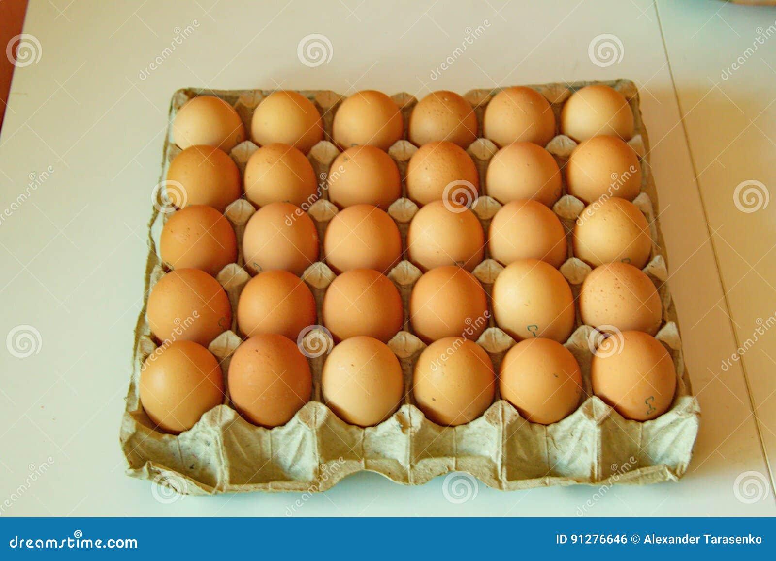 Lott av ägg i rad, perspektivsikt