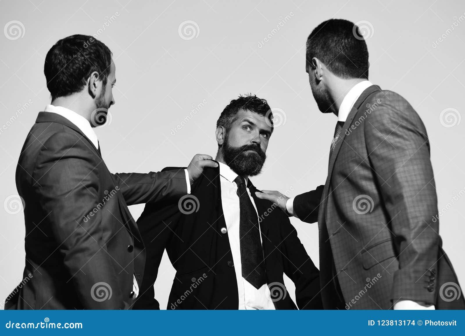 Lotta dei capi della società per direzione di affari Conflitto e discussione di affari