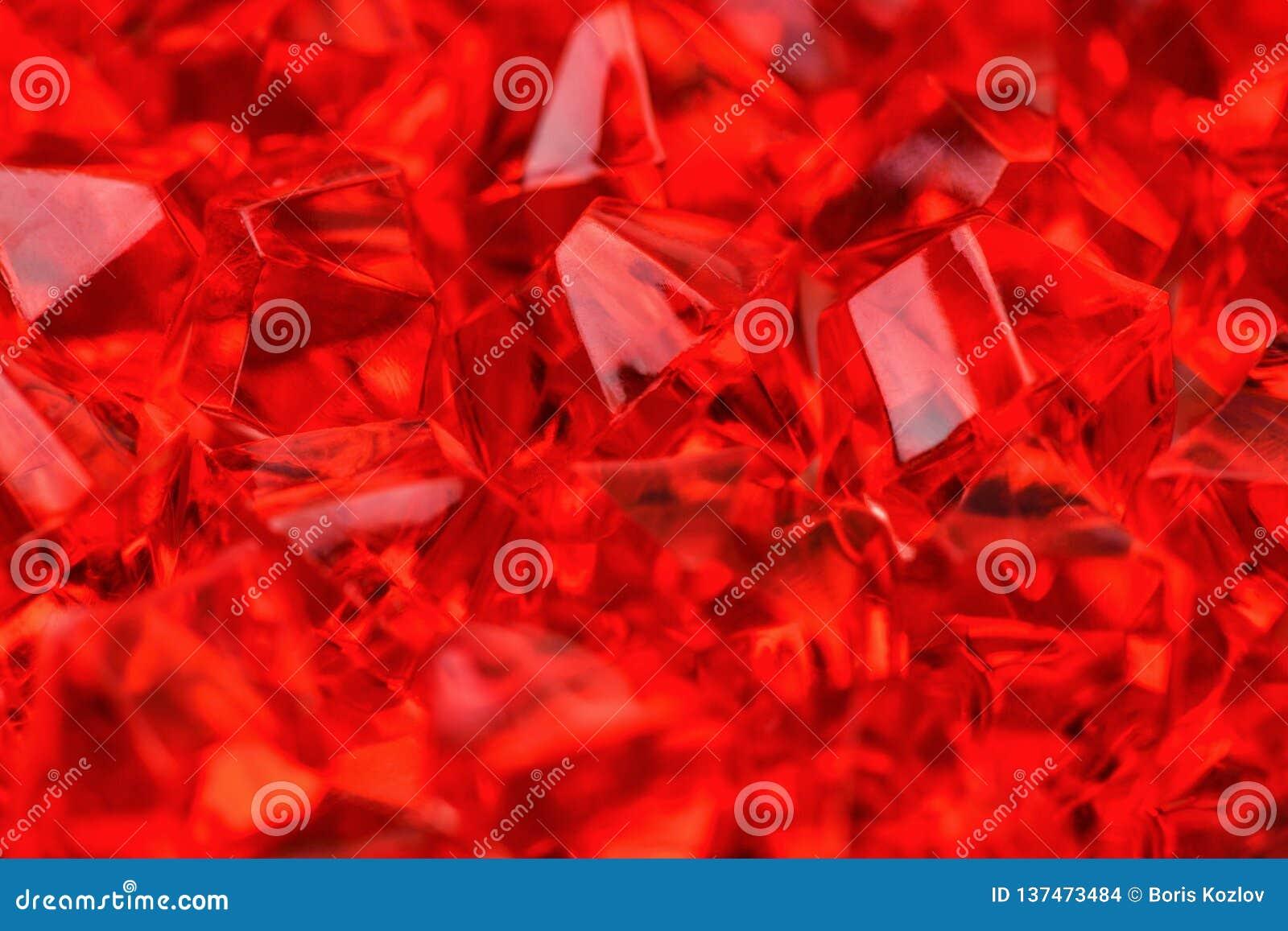 Lotti dei cristalli del color scarlatto rosso luminoso del primo piano Fotographia a macroistruzione