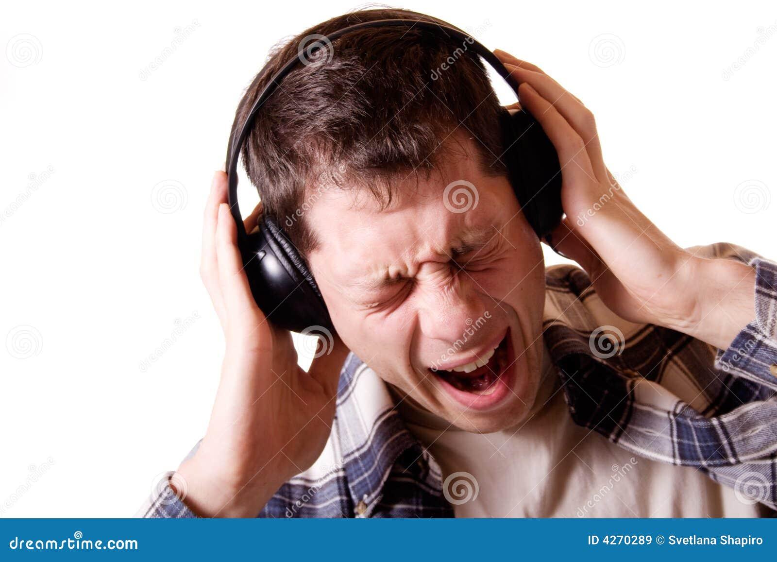 Что будет если громко слушать музыку 8 фотография