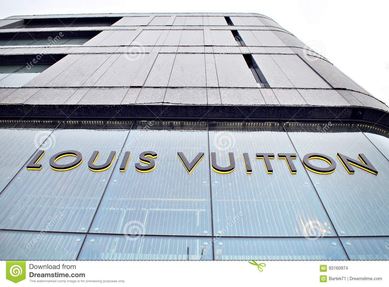 9428c1ee36 Louis Vuitton shop editorial stock image. Image of accesories - 93160974
