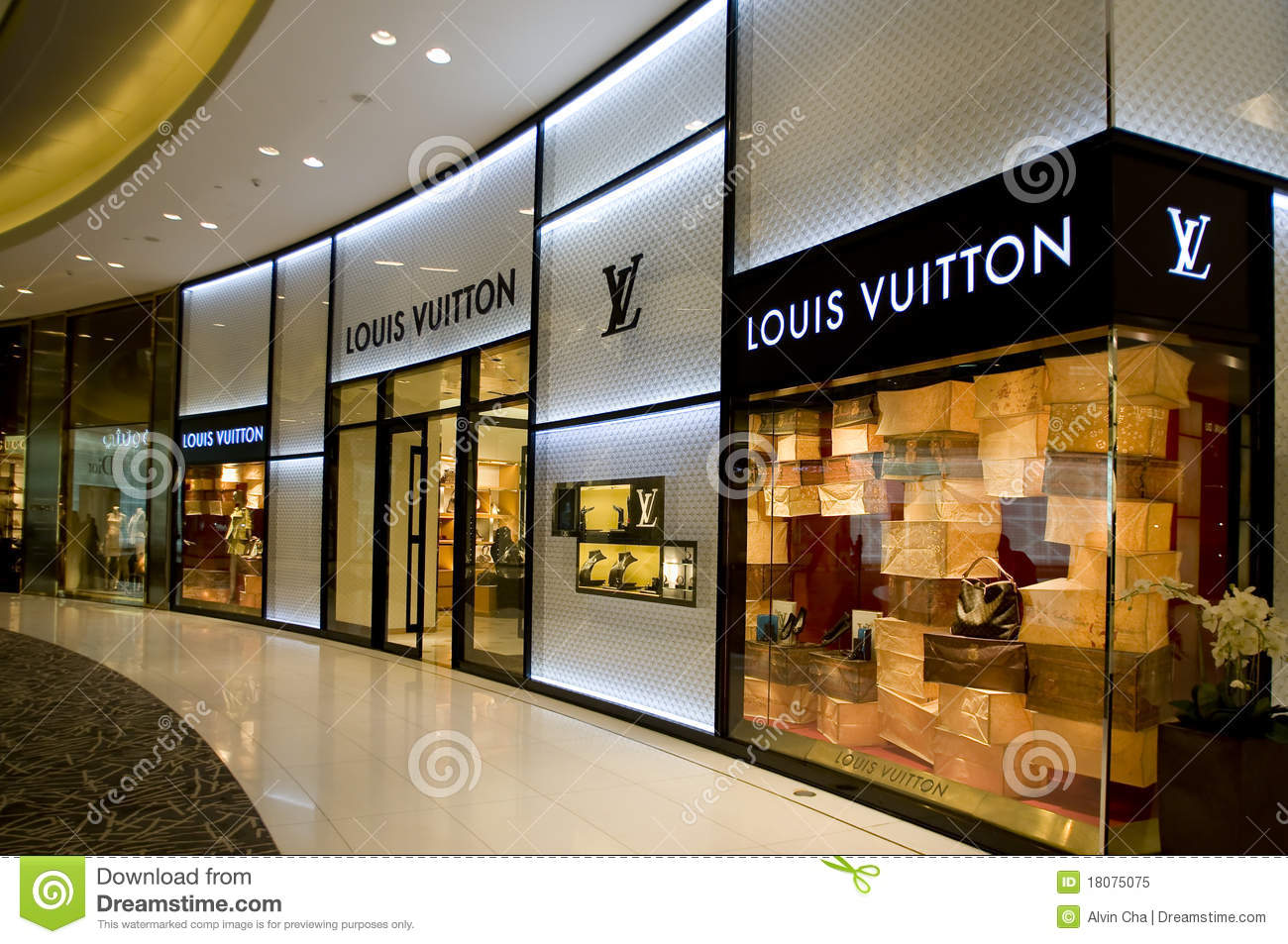 b8d4a5e9226 Louis Vuitton Shop Window Display Editorial Image - Image of trade ...