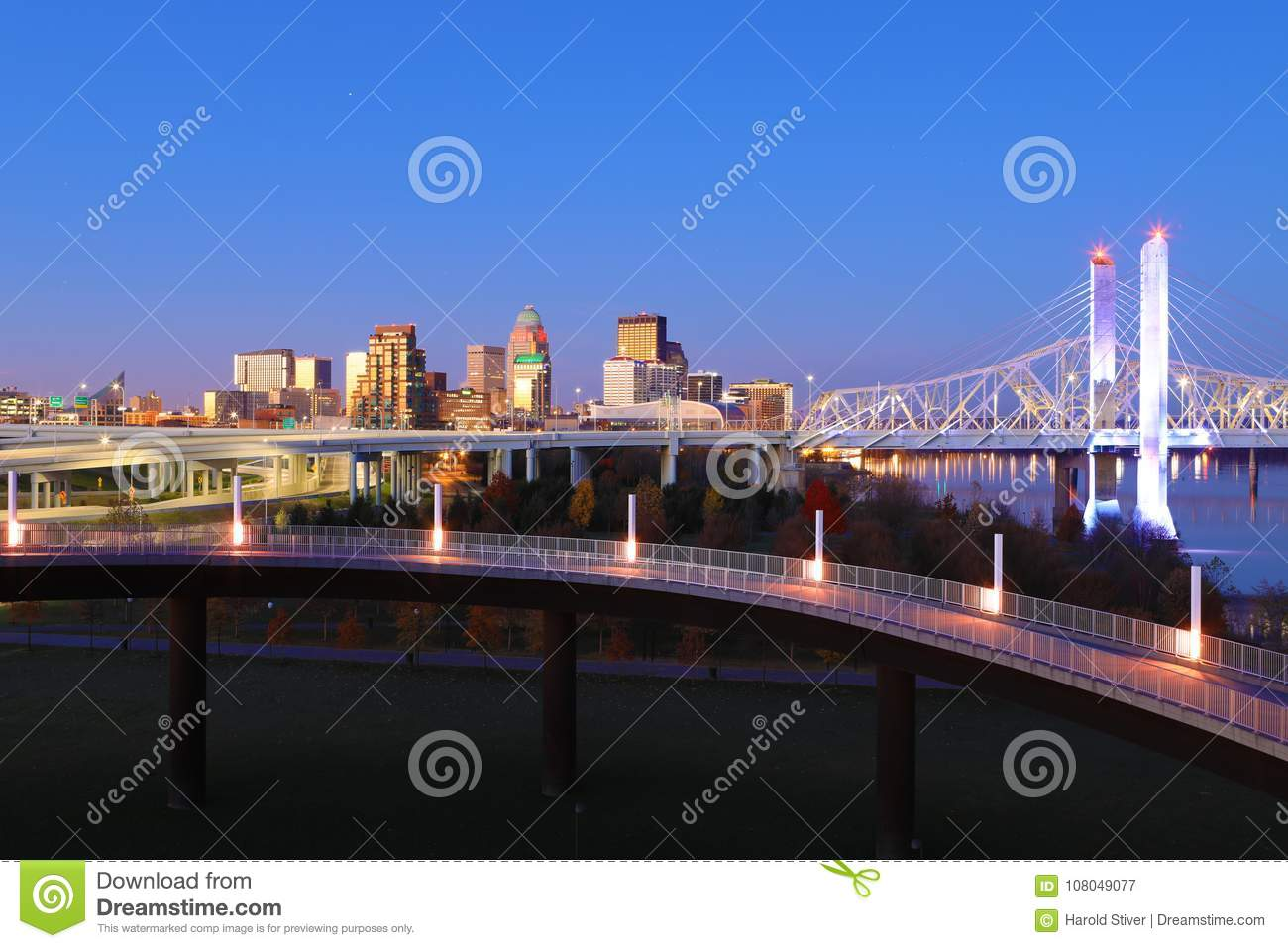 Louisville, Kentucky skyline at dawn