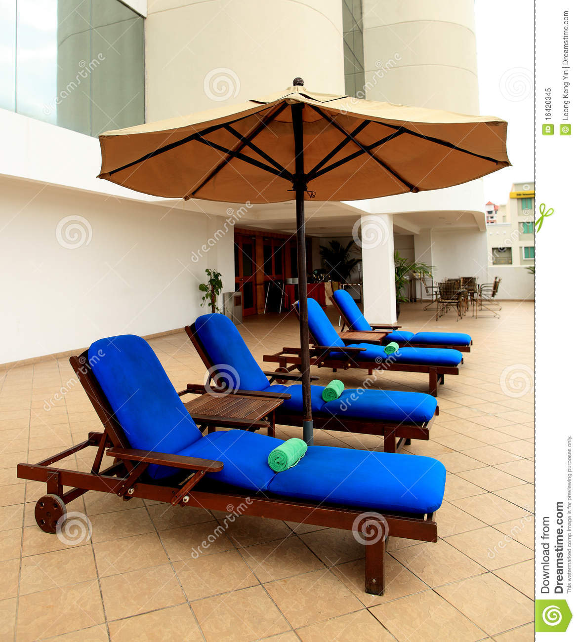 Lounge Chairs Poolside Royalty Free Stock Image