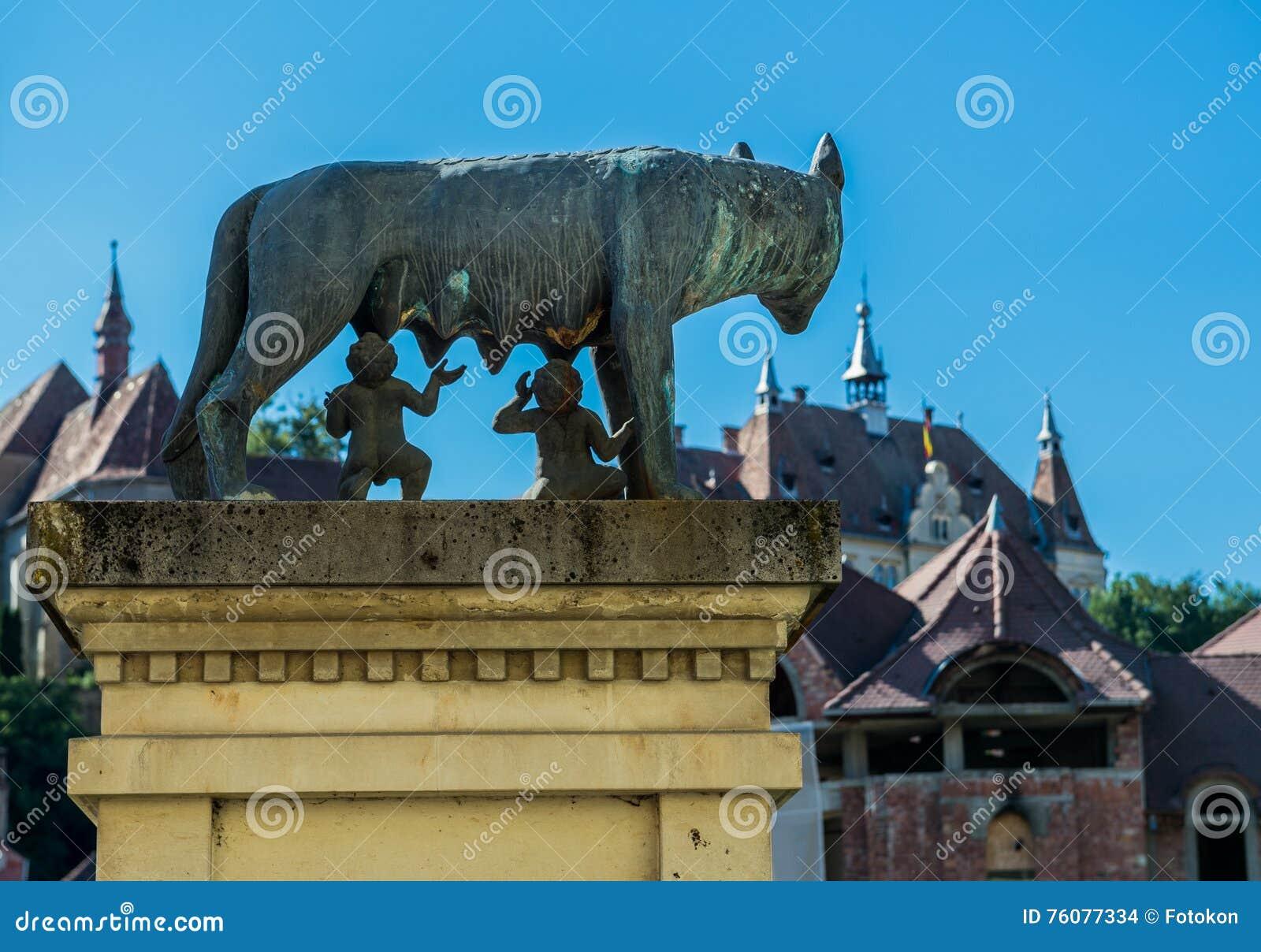 Loup de Capitoline dans Sighisoara
