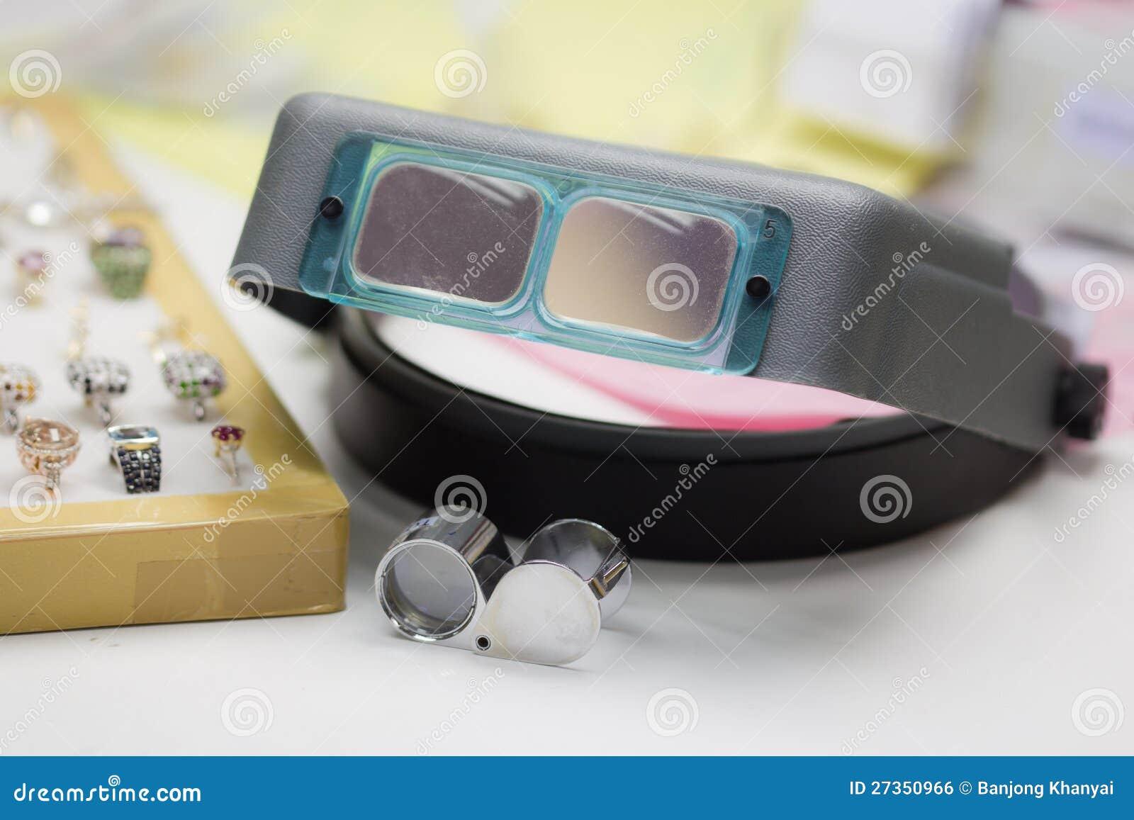 Loupe en het vergrootglas van Juweliers
