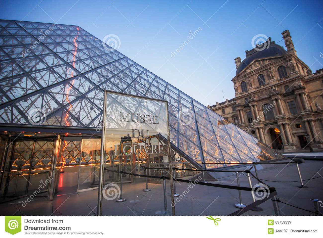 Louvre Museum Editorial Stock Image Image 63759339