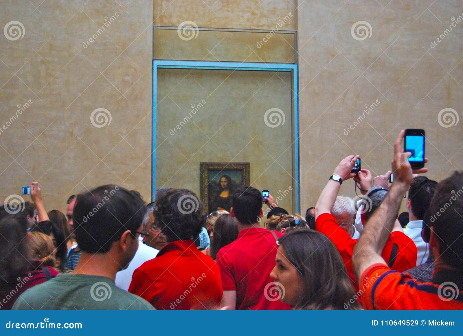 Louvre muzeum sztuki Mona Lisa tłum