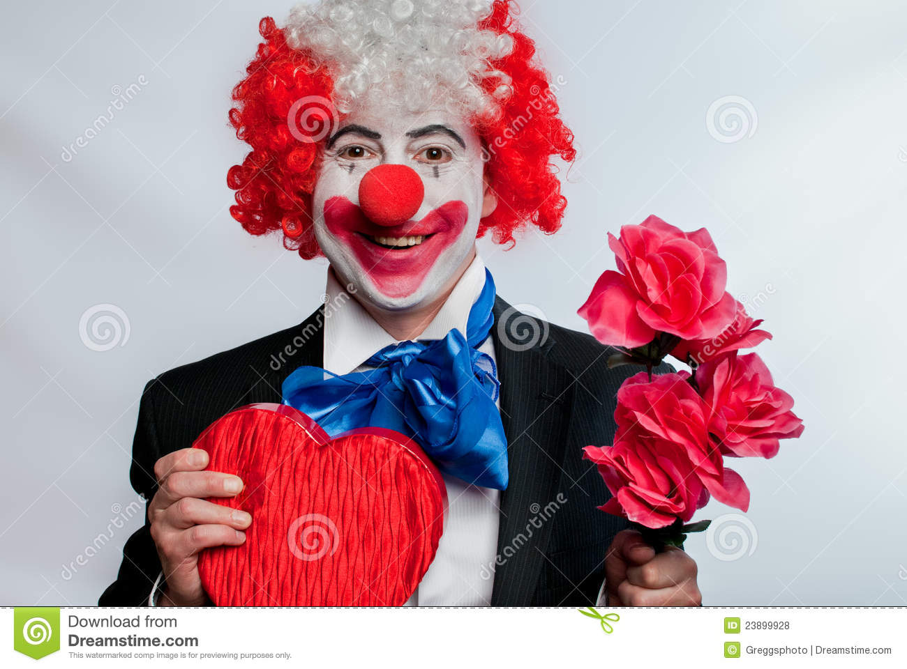 online dating clowns Buy killer klowns from outer space:  with lots of them dating from  the space craft looks like a circus tent and the aliens look like weird clowns with all.