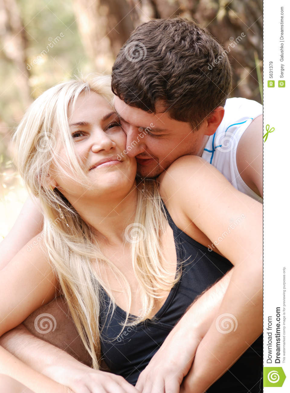 Love Man And Girl Royalty Free Stock Images - Image: 5631379