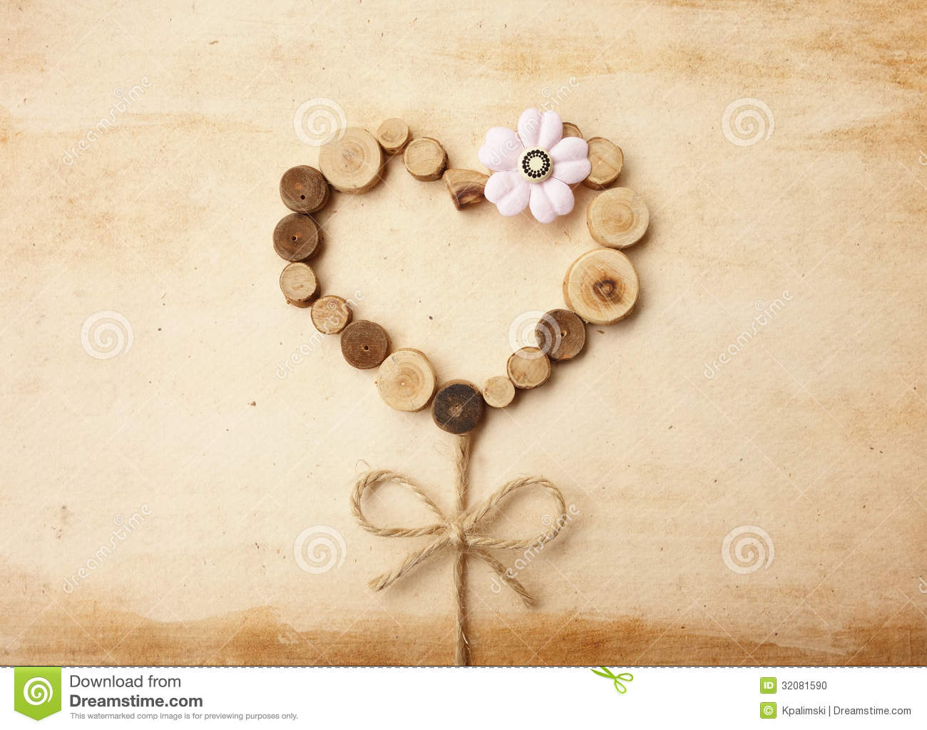 Love Tree Vintage Craft Stock Photo - Image: 32081590