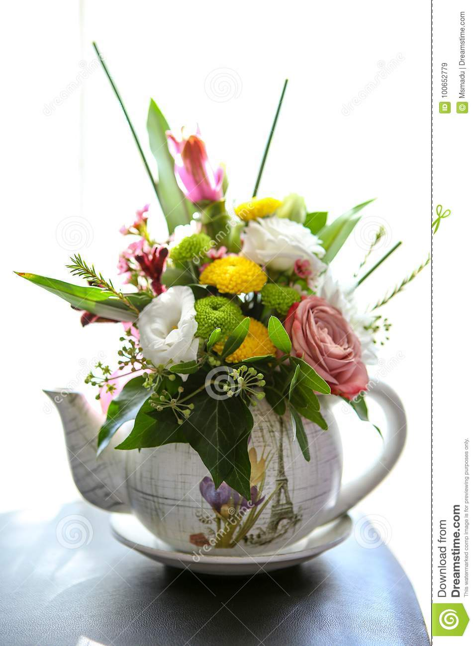 262 & Beautiful Floral Arrangement Stock Image - Image of teapot ...