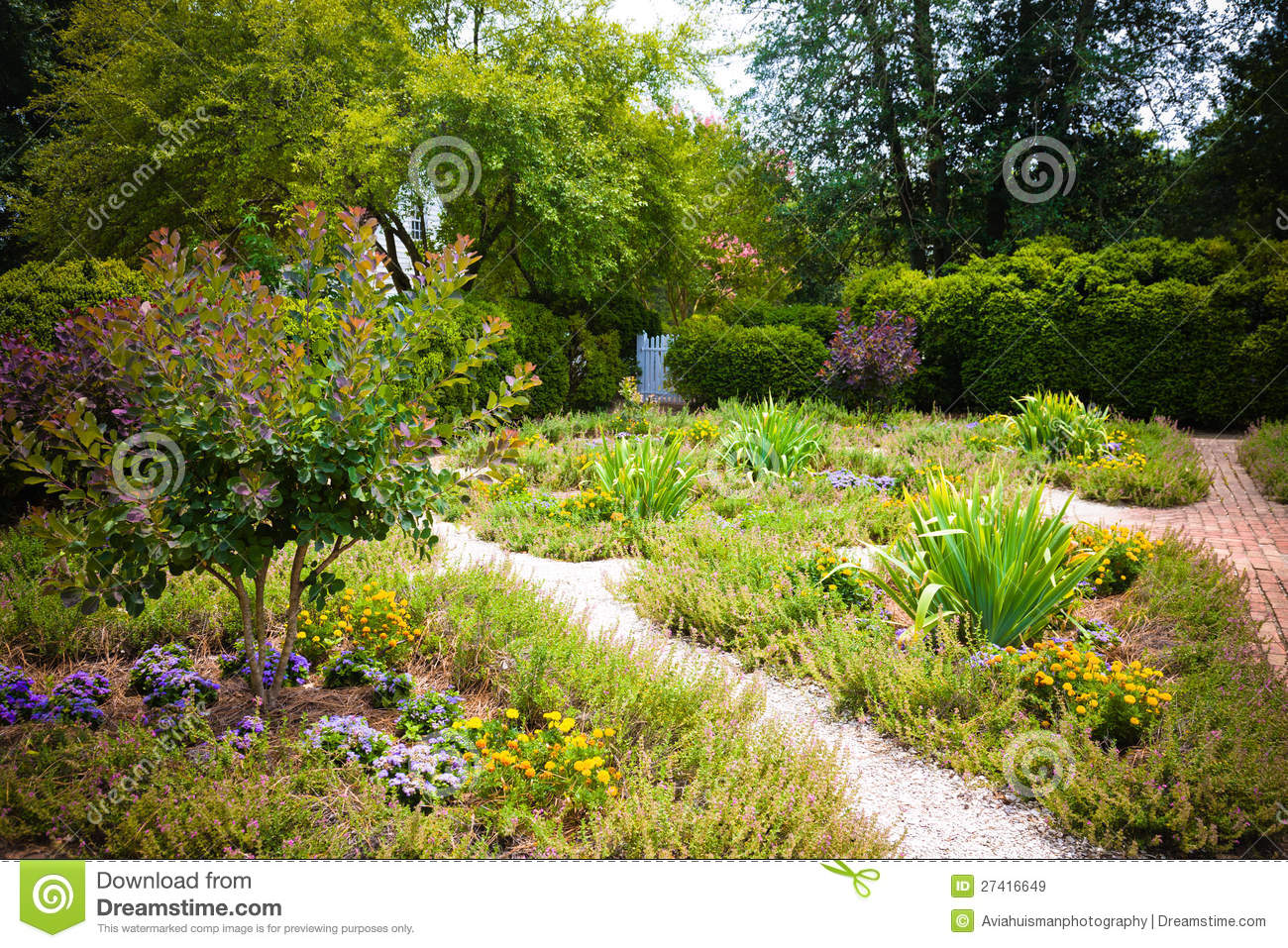 Lovely Garden Royalty Free Stock Images Image 27416649