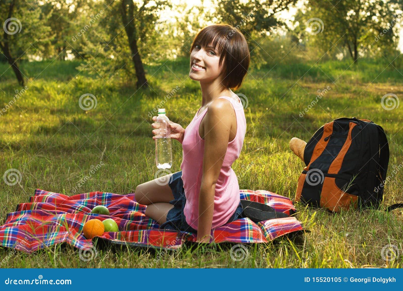 Оргии на пикнике думаю