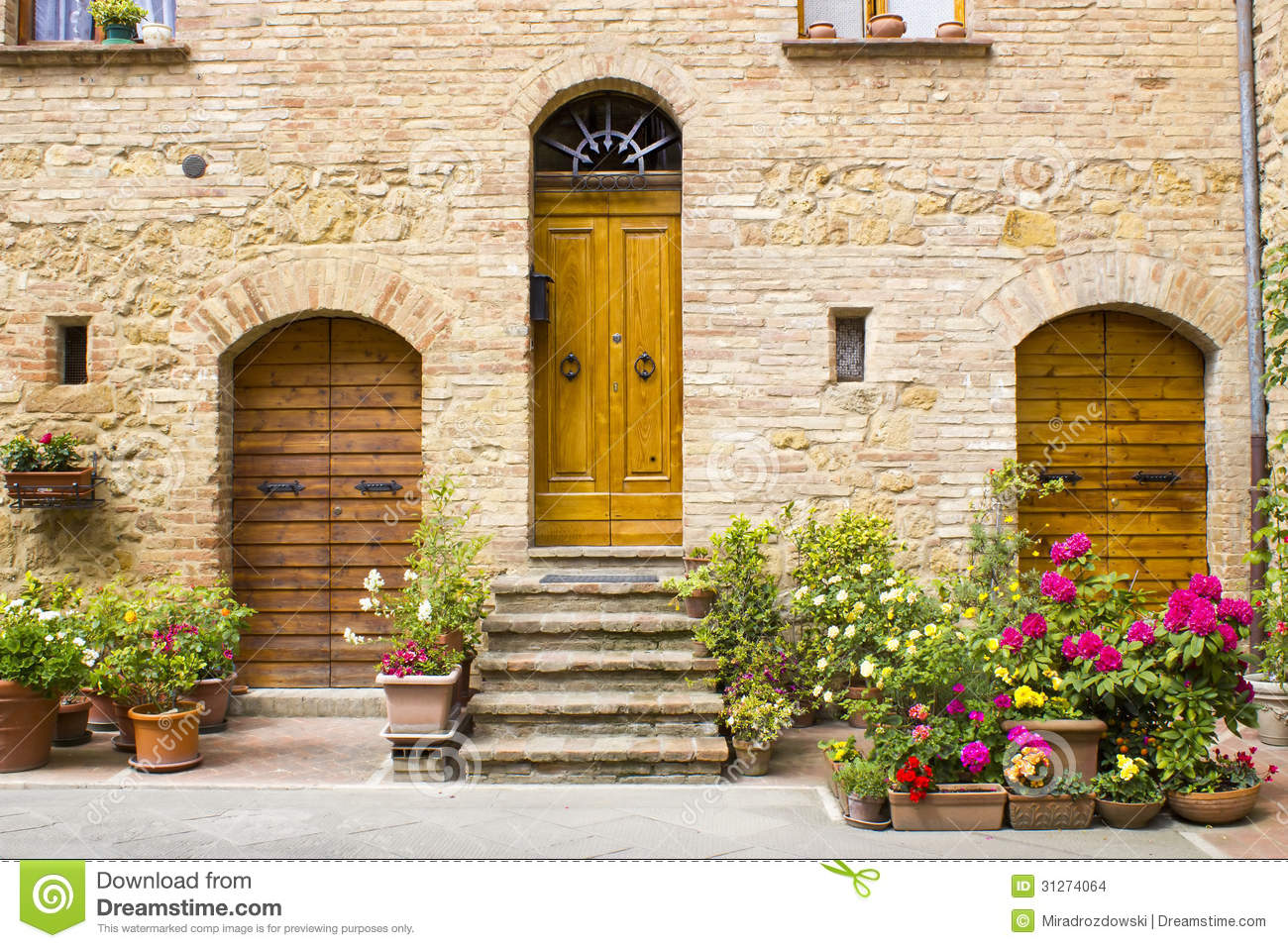 Lovely Tuscan Street Stock Images